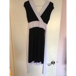 Le chateau size small dress with wrap